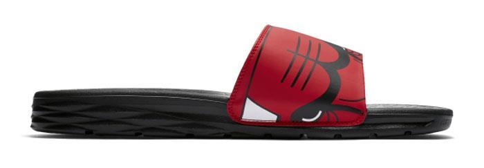 01685b353864 Chicago Bulls Nike Benassi Solarsoft Unisex Slides