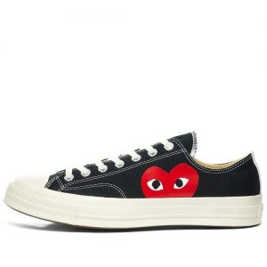 play converse black low
